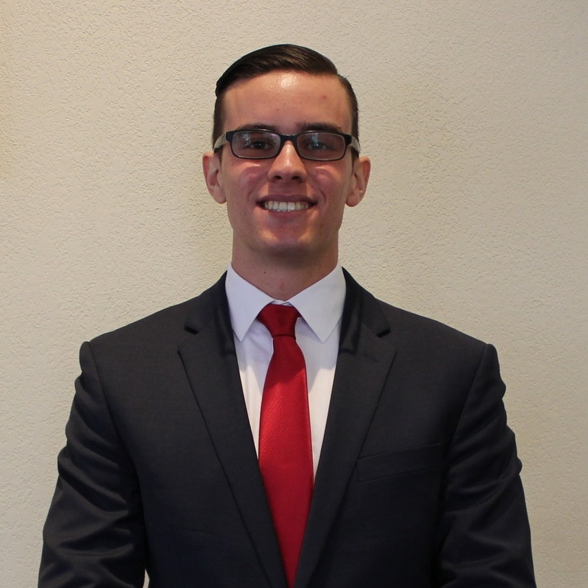 Major : Finance  Minor : N/A   Involvement : Student Investment Club VP of Operations, Student Finance Group, FLA   Interests/Hobbies:  Weightlifting, Traveling, Cooking, Reading, and playing Video Games   Internships Study Abroad:  I interned with Wells Fargo this past summer on their retail banking side.   Fun Fact : I have six pets: 5 cats and 1 dog!