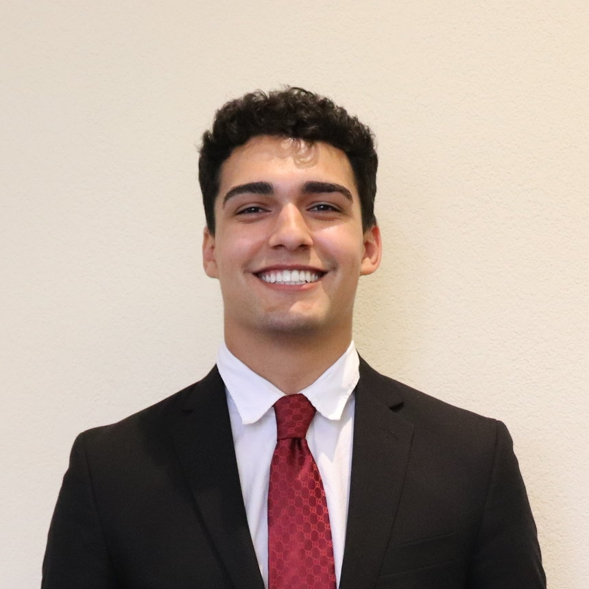 Major : Information Systems  Minor : Leadership (hopefully)   Involvement:  Delta Sigma Pi, GatorTech, Intramurals   Interests/Hobbies : Gym, Nutrition   Internships Study Abroad : The Business Forum Group at Doral - Information Technology Coordinator   Fun Fact : I went skydiving for my 18th birthday.