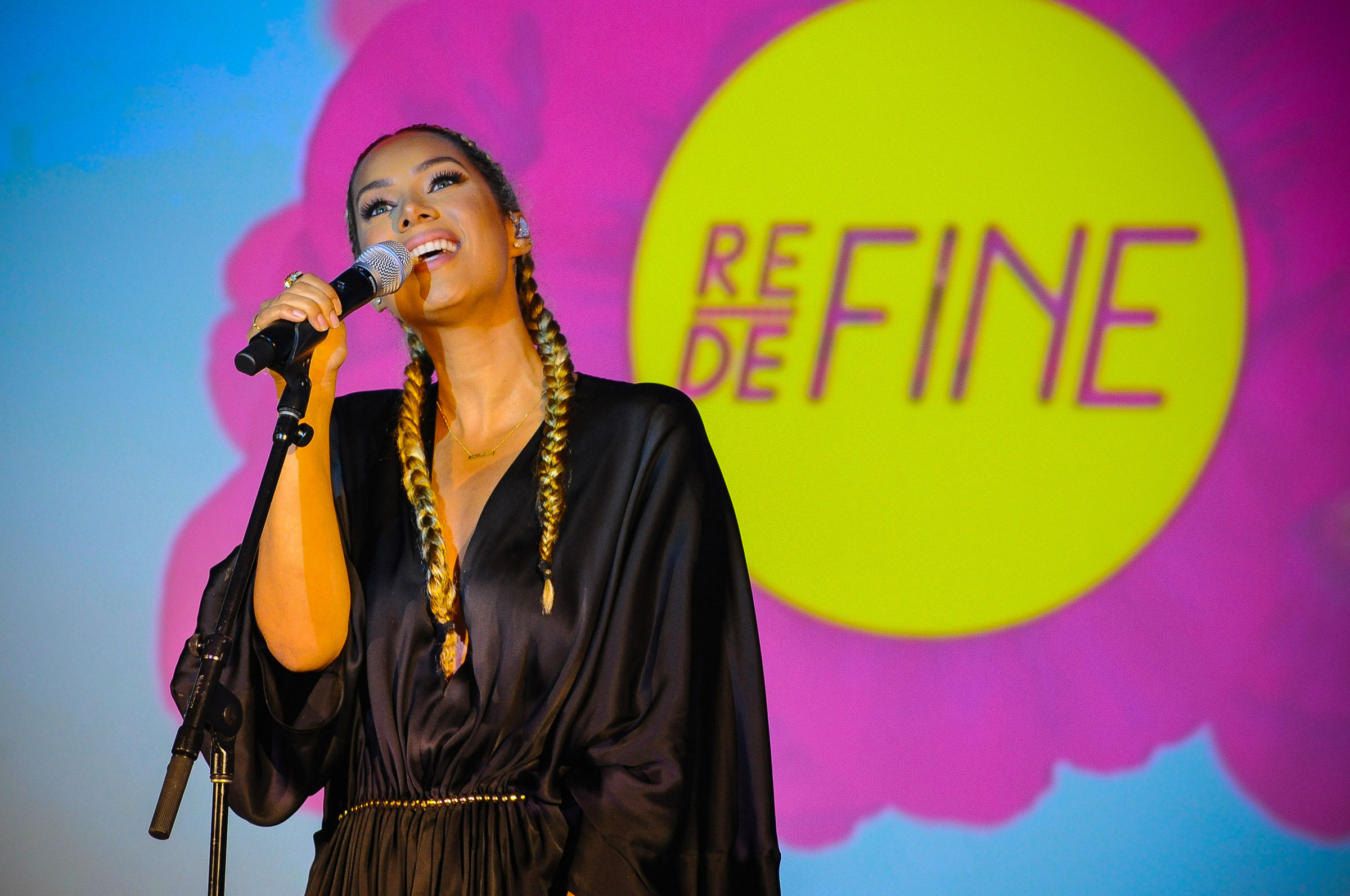 Leona Lewis Performing at MTV Staying Alive Foundation RE:DEFINE Benefit