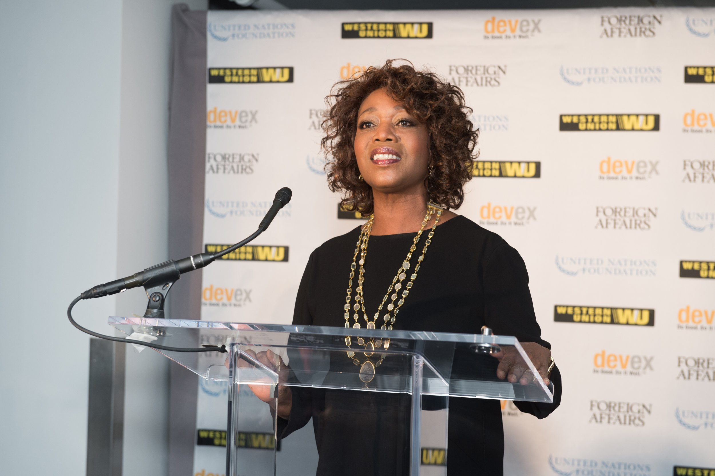 Alfre Woodard speaking at 2015 Global Beat Event in DC