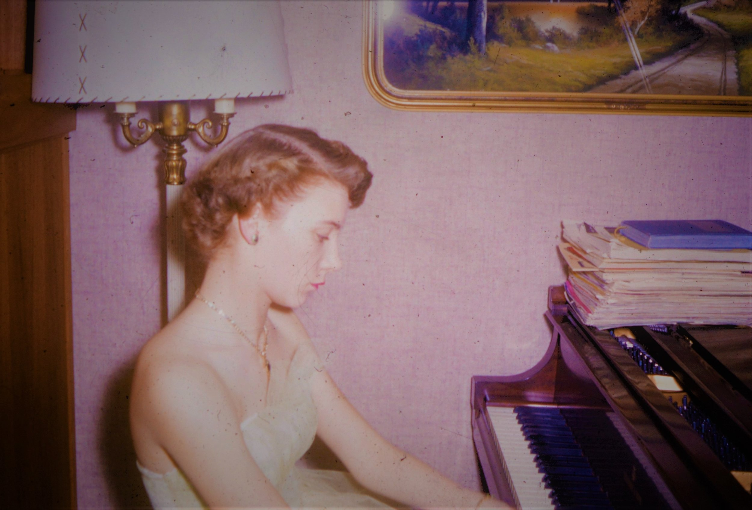 mom-piano.jpg