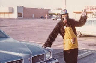 The only surviving photo of the LeMans. Halloween 1977 at the supermarket. The 145-pound gorilla and his wide body Pontiac.