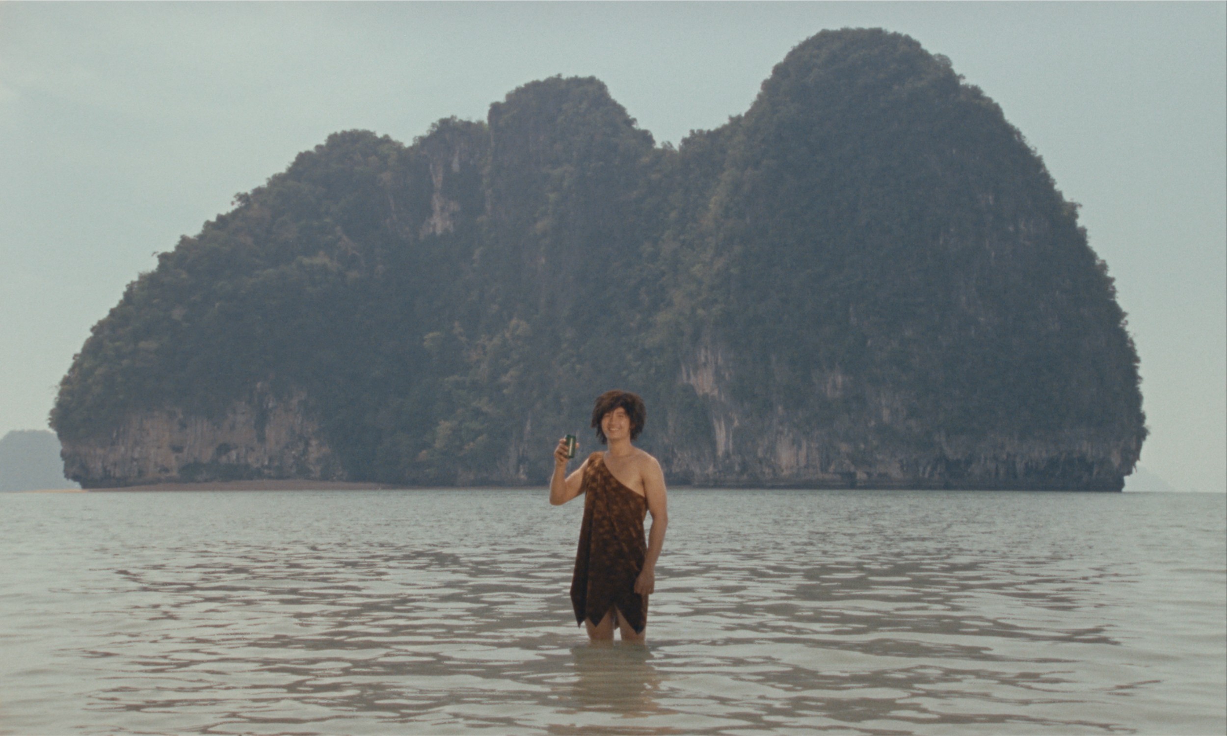 KRABI, 2562  | 94' | 2019 By Ben Rivers and Anocha Suwichakornpong