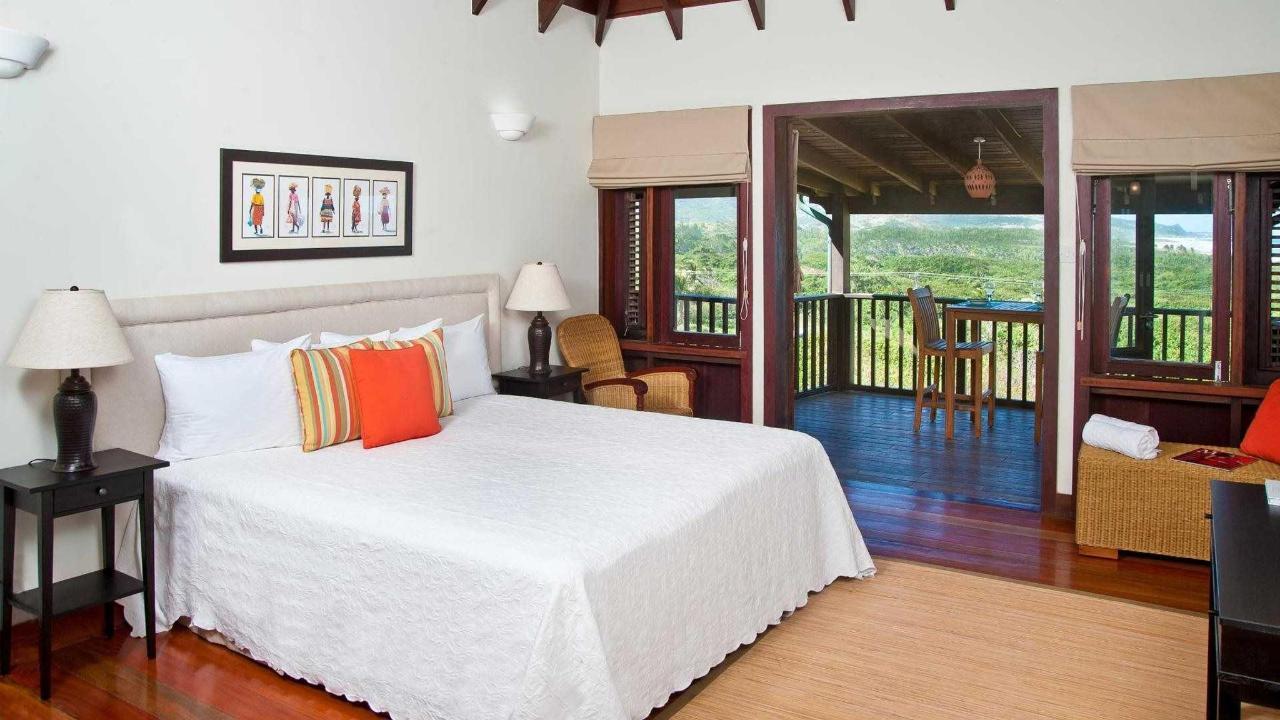 santosha+room+orange.jpg