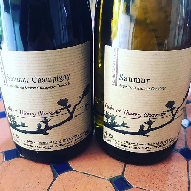 Our first new Domaine for the year is on it's way. Domaine Chancelle is located on the wonderful limestone soils of Turquant, a small village nestled between Saumur & Chinon in the Loire Valley. Producing almost Burgundian like Cabernet Franc that combines power and elegance, and a pure mineral Chenin Blanc.  #wine #france #cheninblanc #chenincheninchenin #loirevalley #cabernetfranc #saumur #winetasting #winelovers #instawine #winery #winetime #winestagram