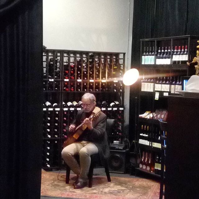 Christopher Woitach at Il Terrazzo right now. Any guitarist with aspirations to be a soloist should be here taking notes. The choices and ideas are impeccable and immaculate in design, sensitivity and execution.
