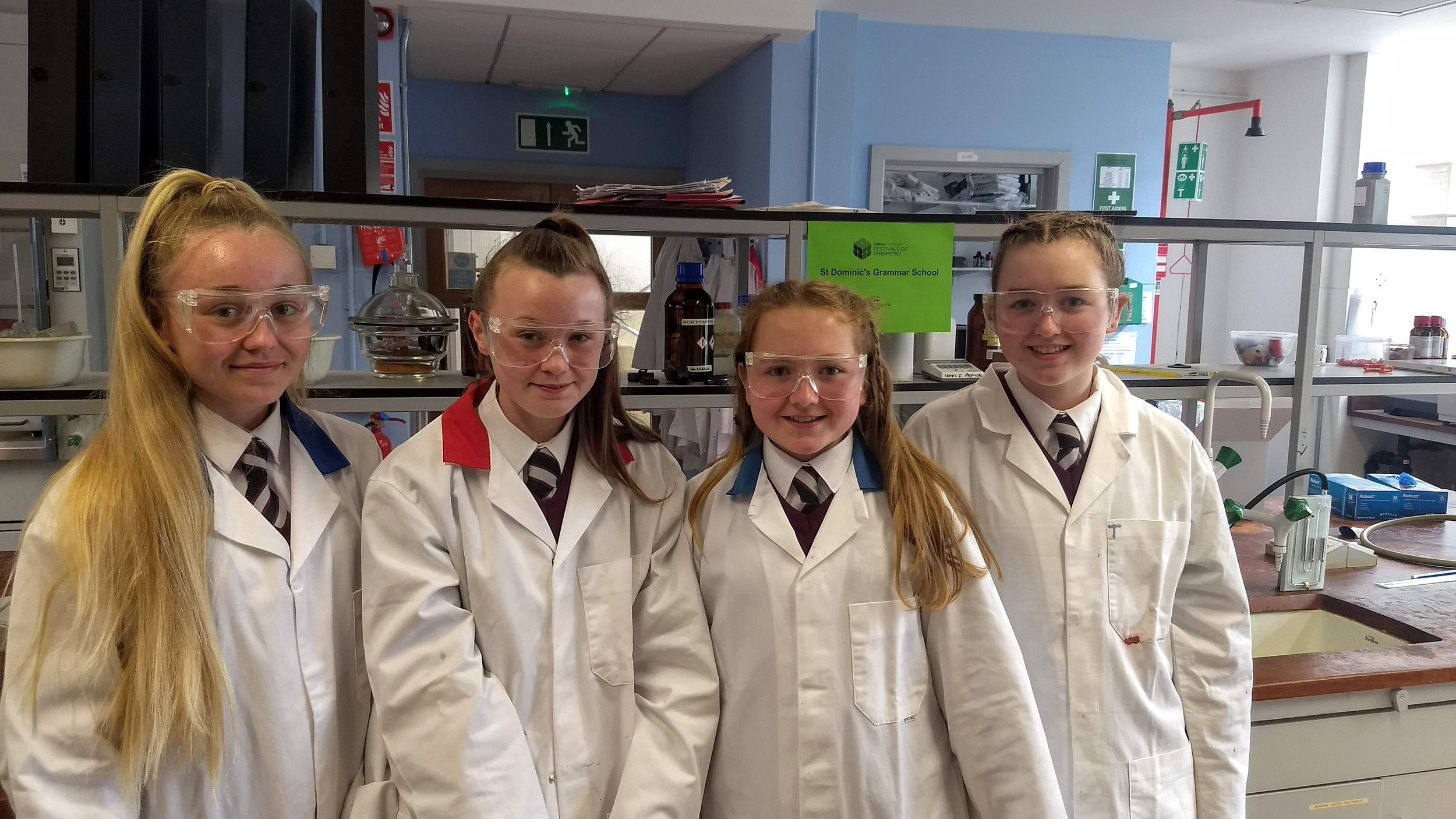 Year 9 Salters' Chemistry Competition at Queen's University.jpg