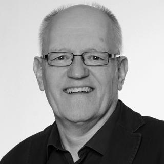 Jürgen Homberger  Dipl. Religionspädagoge (FHJ, Supervisor (DGSv), Coach (DGfC), arbeitet freiberuflich als Supervisor, Coach und Seelsorger in eigener Praxis in Marburg. Als Supervisor war er unter Missionaren in Japan, Thailand, Taiwan, Brasilien und Costa Rica tätig