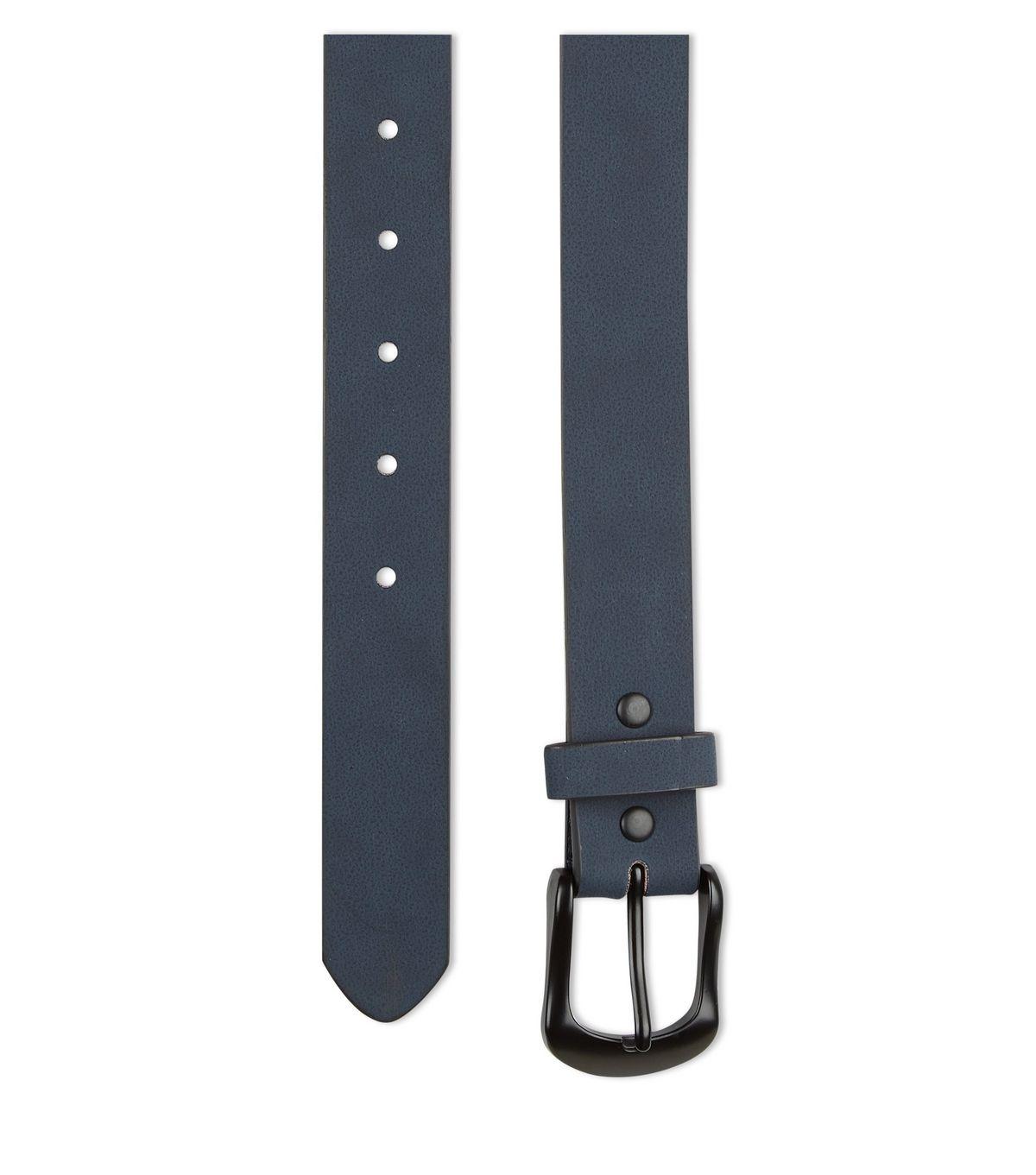 Leather-look nubuck belt, £9.99 ( newlook.com )