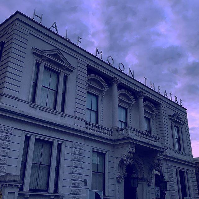 🌜 #Dramatique #Purple #HalfMoonTheatre #London #Limehouse
