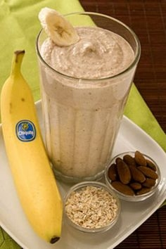 Banana-Oat Protein Smoothie