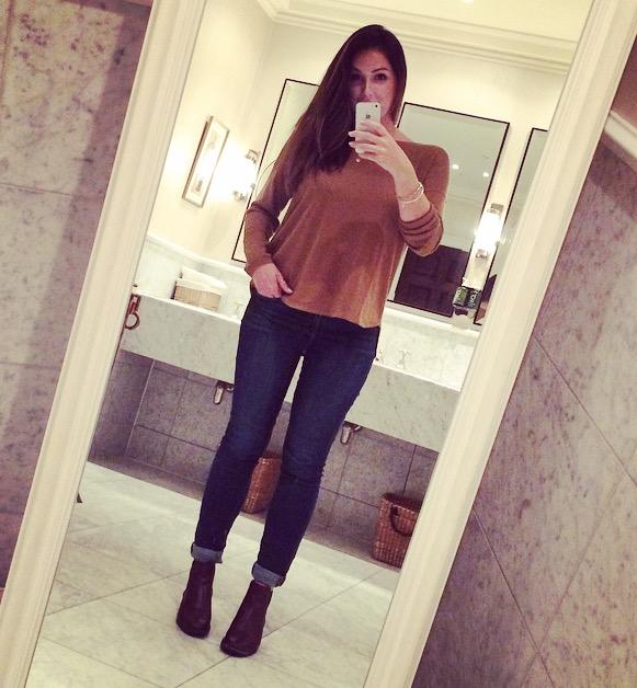Bathroom selfie ... Why not ..?