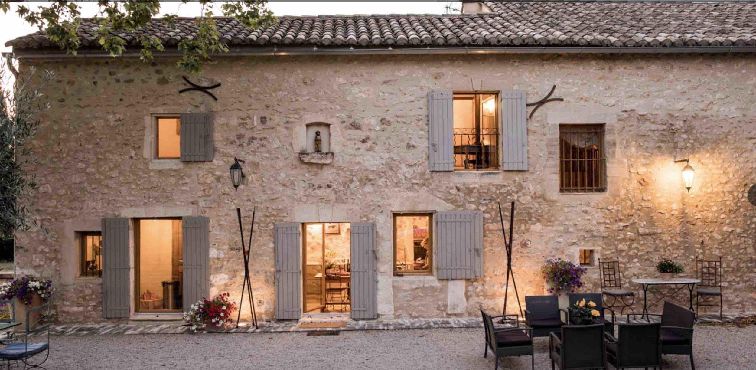 Mas des Pelerins - NG Art Creative Residency Eygalières, Provence, Southern France