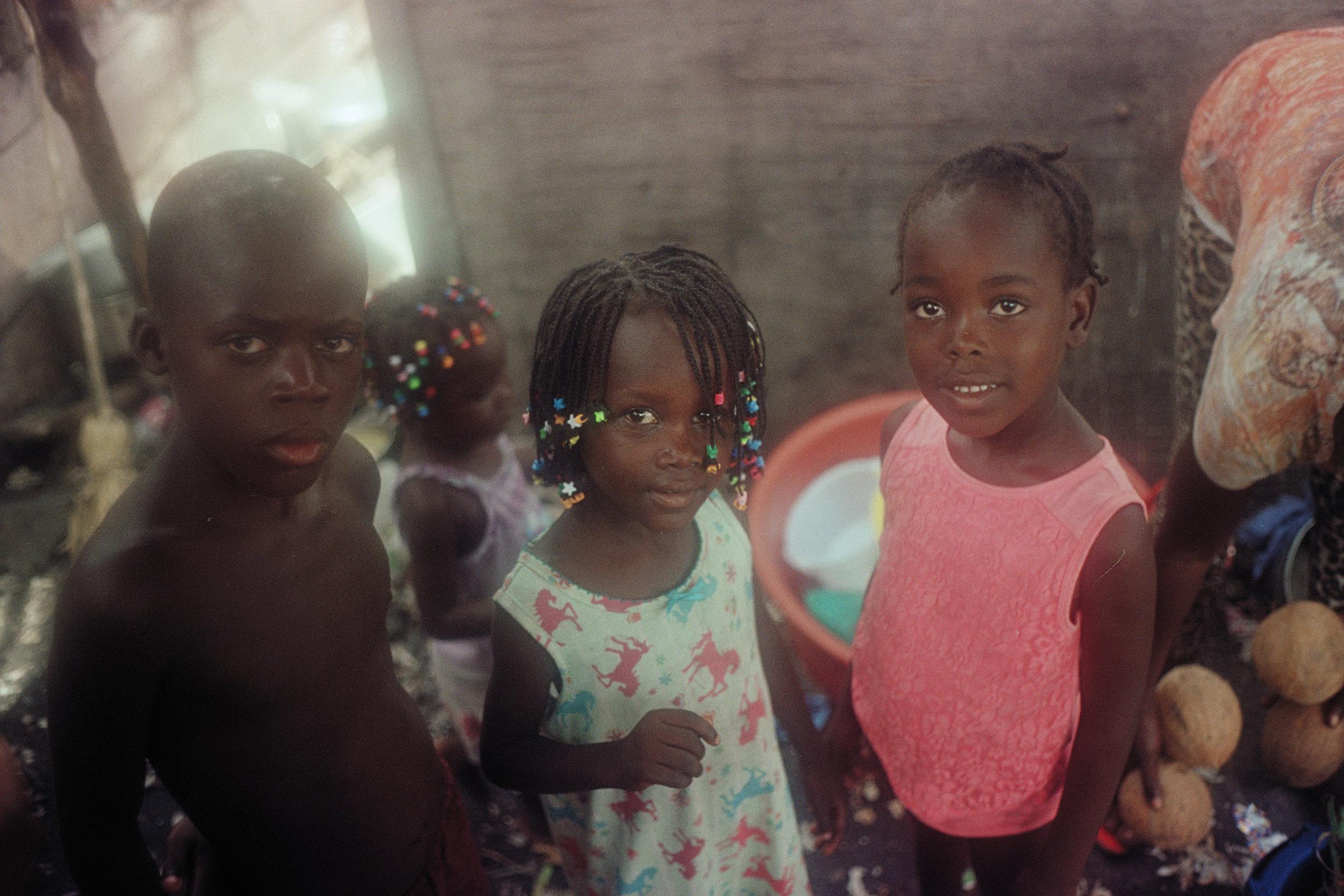 071819_Bahamas and Haiti_selects-36.jpg