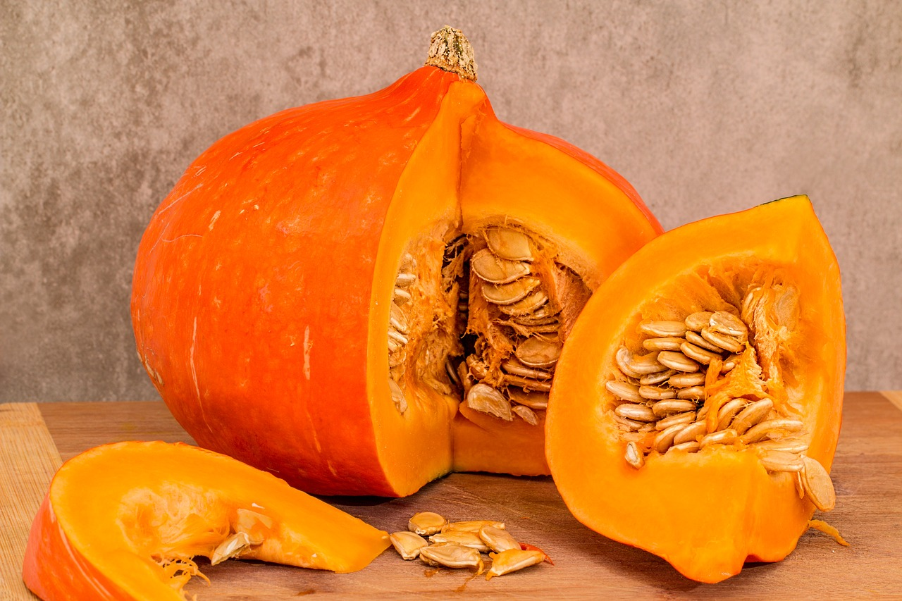 Cooked pumpkin and winter squash is a healthy, wholesome warming treat to feed to your pet in the winter months.  It also helps with digestive ailments!