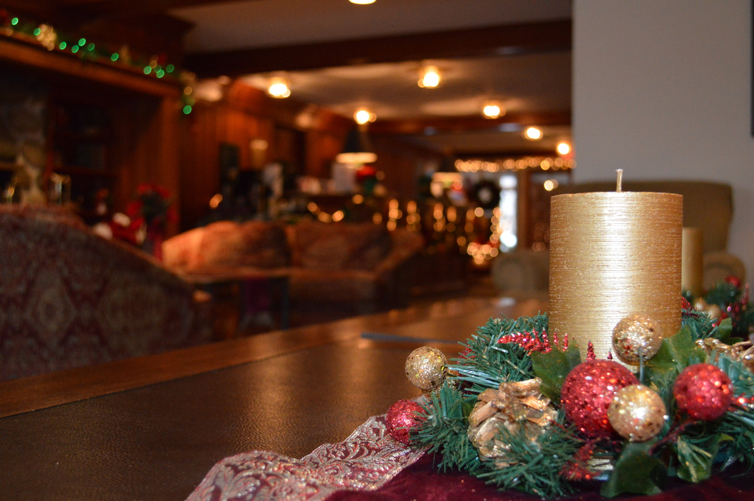 The Valley Inn Lobby