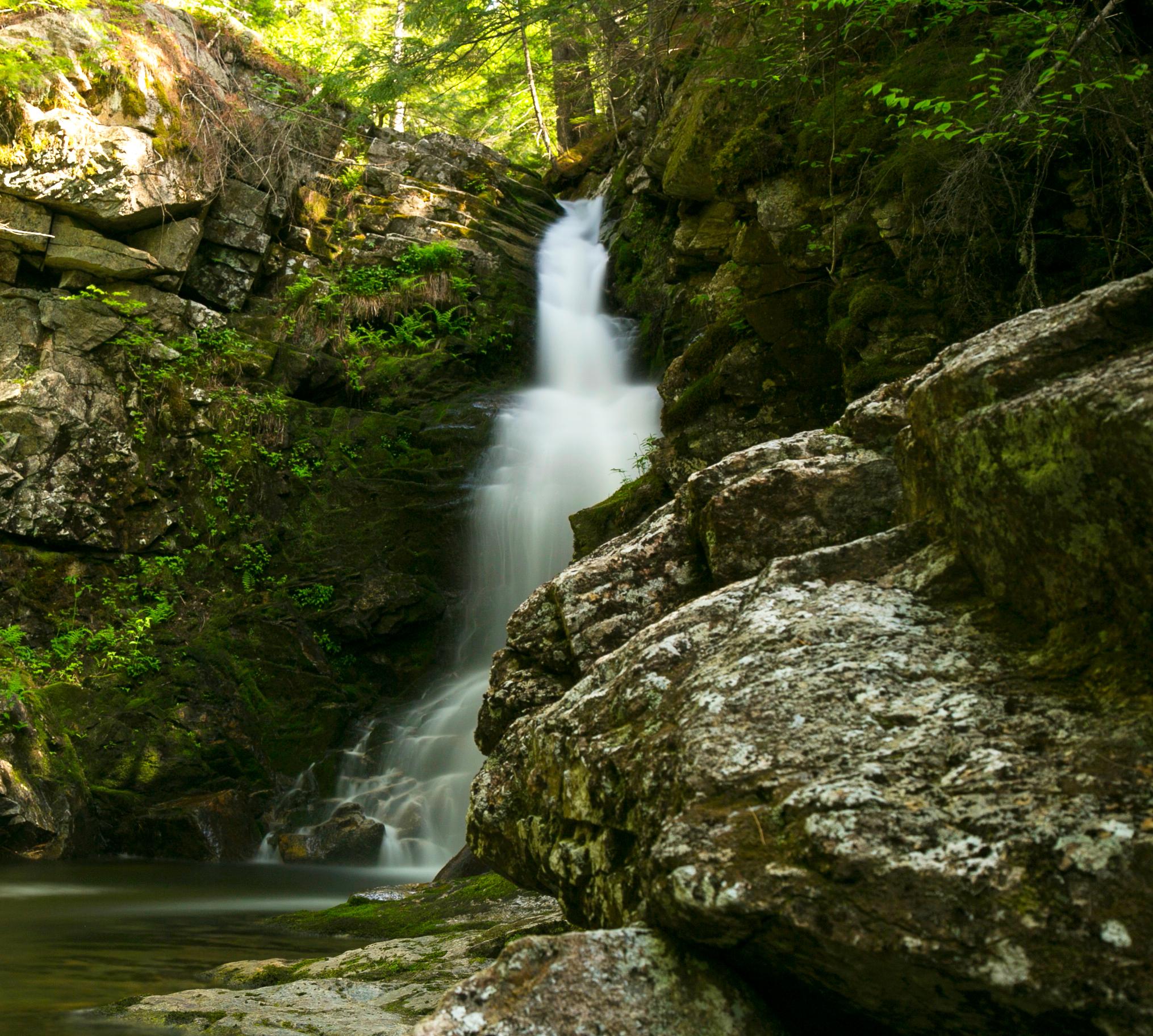 waterfallweb.jpg