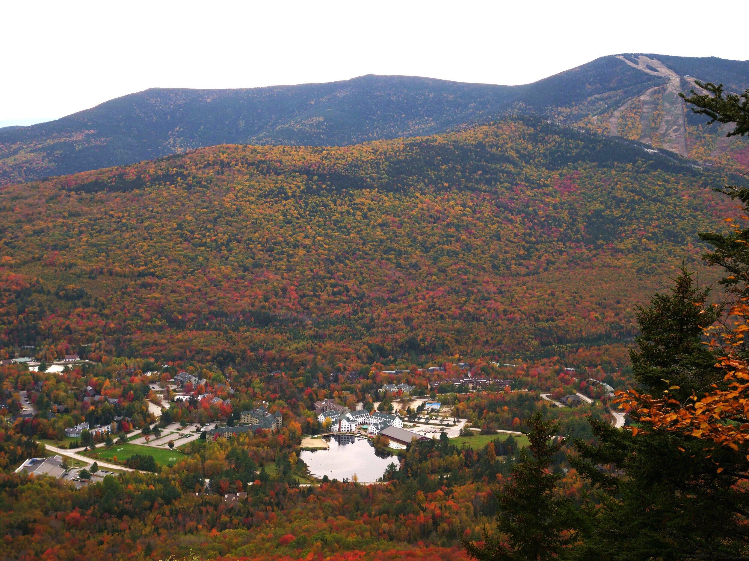 Peak foliage in Waterville Valley