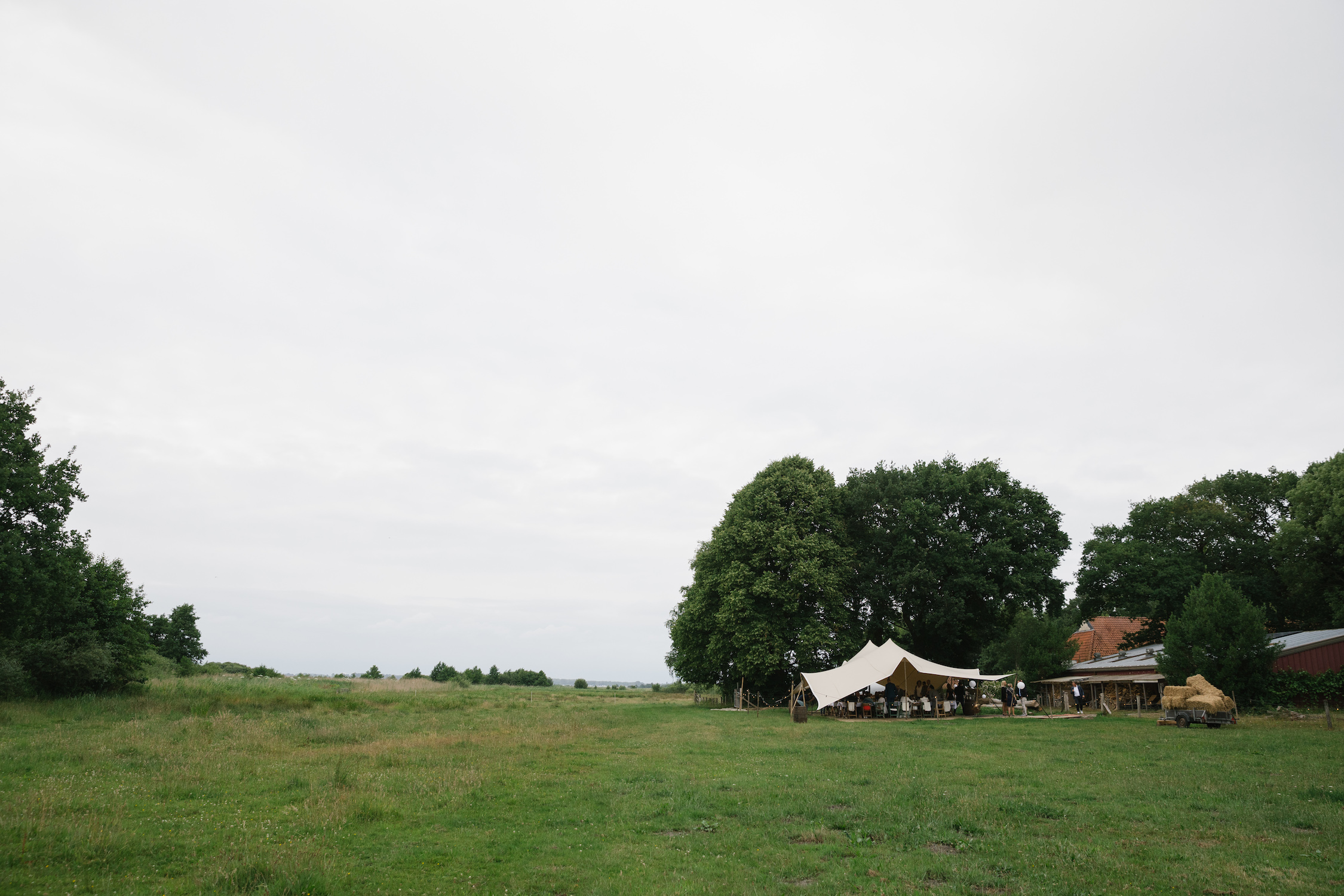 weiland bruiloft trouwen tent