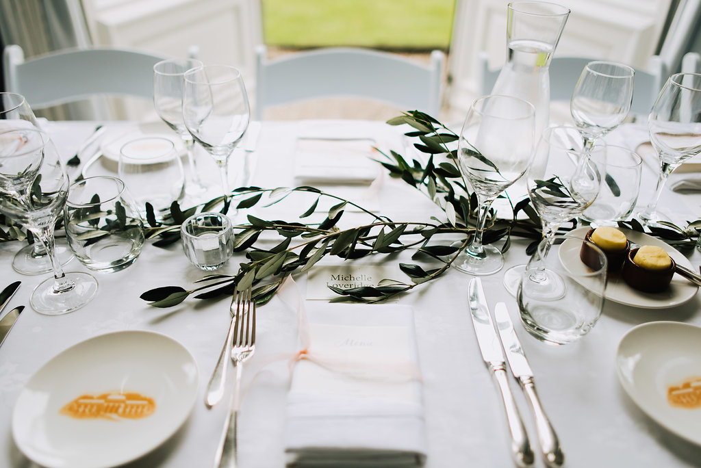 wedding dinner tablescape table setting