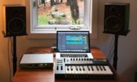 Four Tet's minimal studio setup
