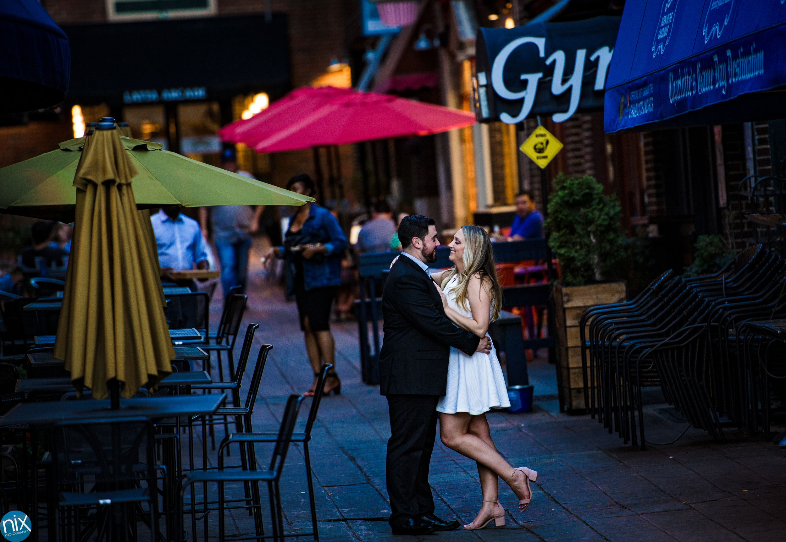 engagement_photography_charlotte_uptown.jpg