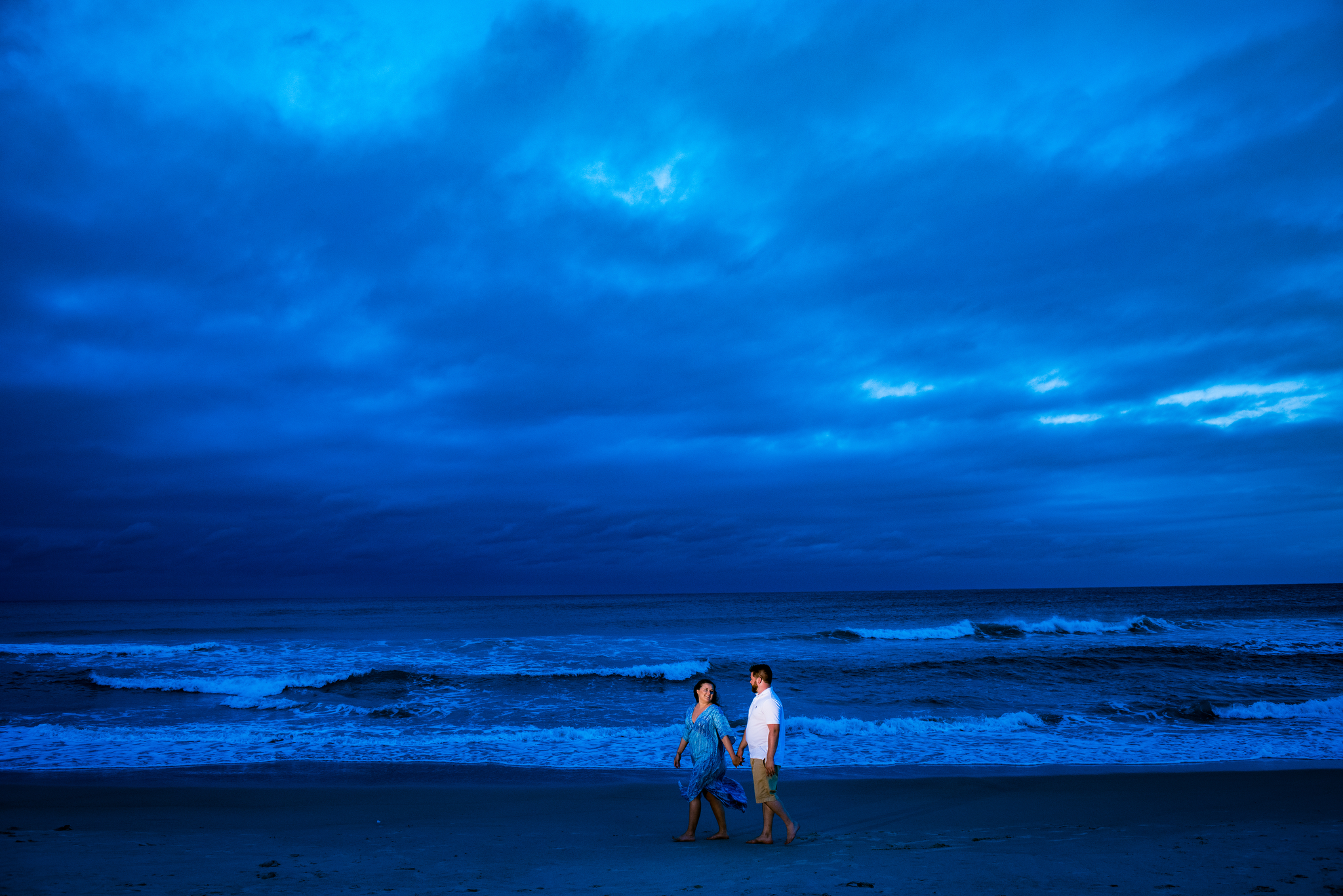 beach engagement on Emerald Isle.jpg