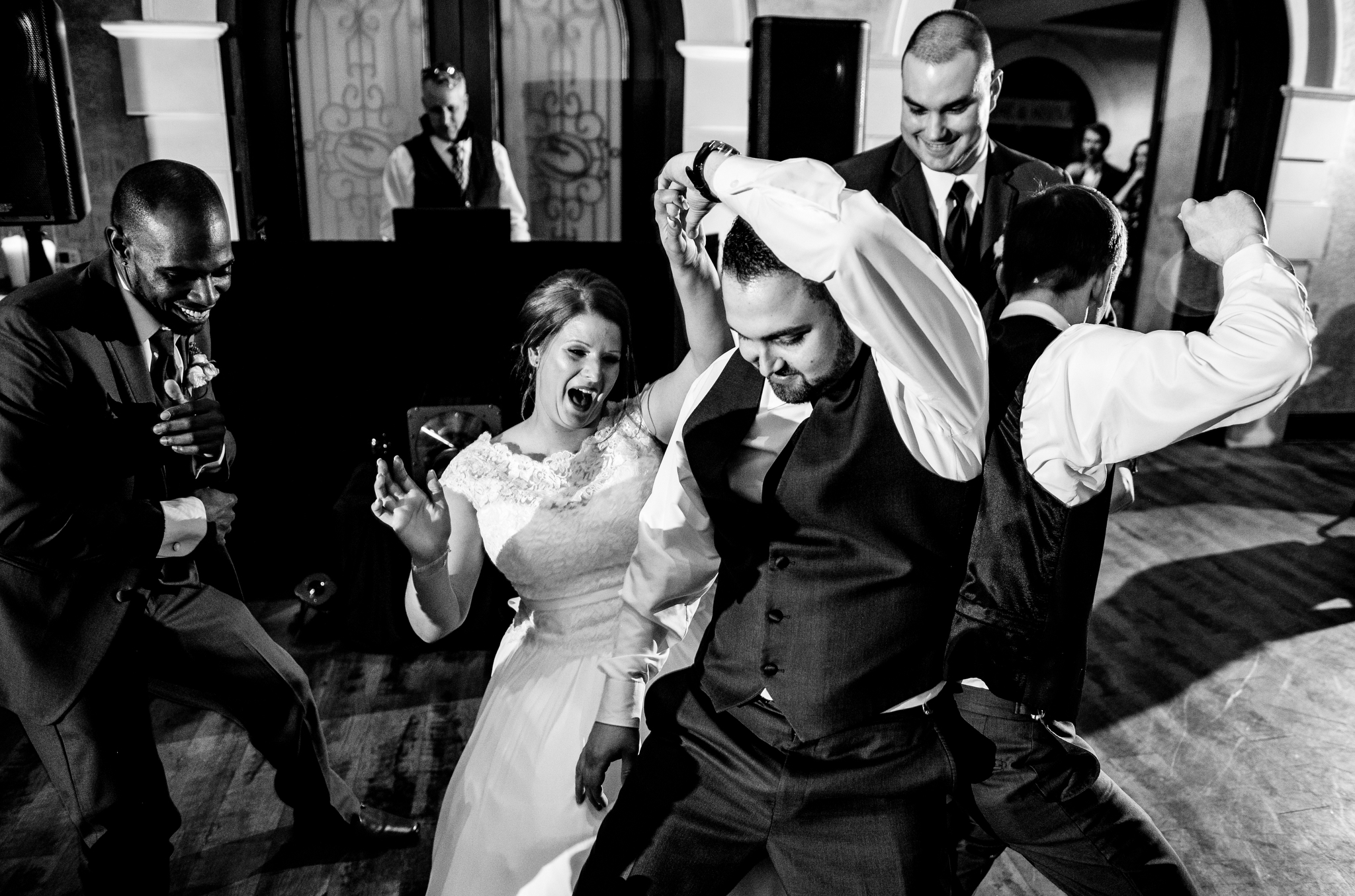Childress Vineyards wedding dancing.jpg