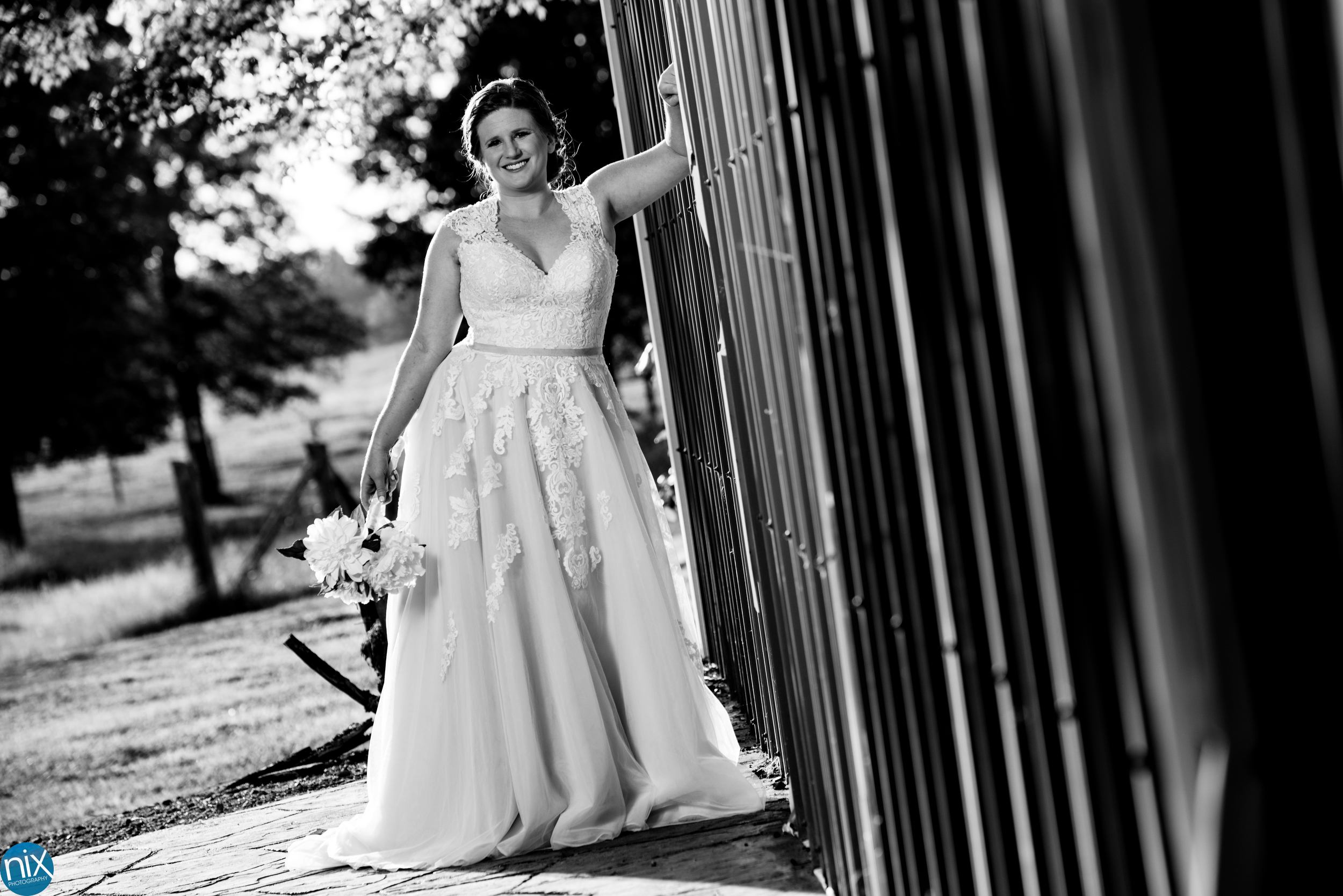 bridal photo in black and white.jpg