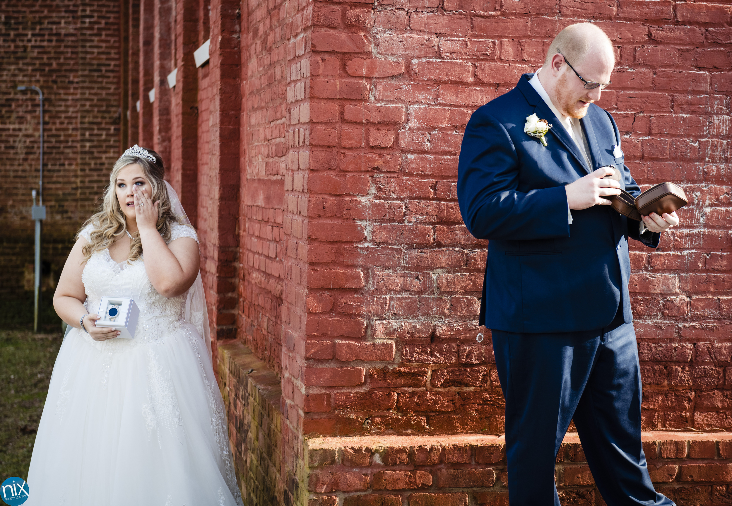 bride and groom swap gifts at Laboratory Mills color.jpg