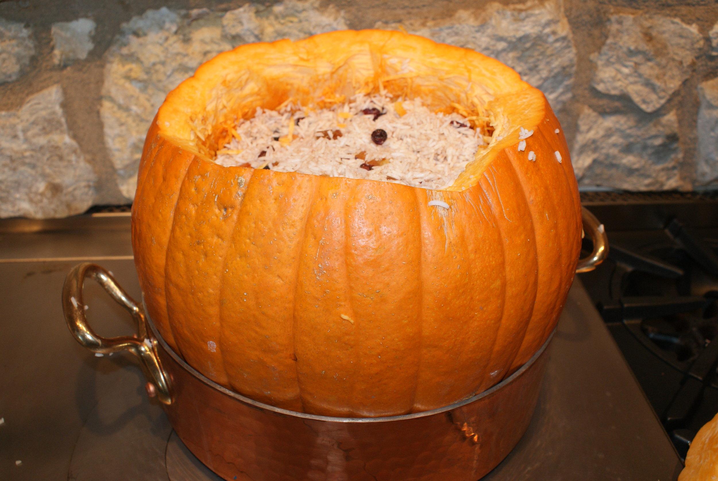 ghapama-pumpkin-rice-armenian-recipe