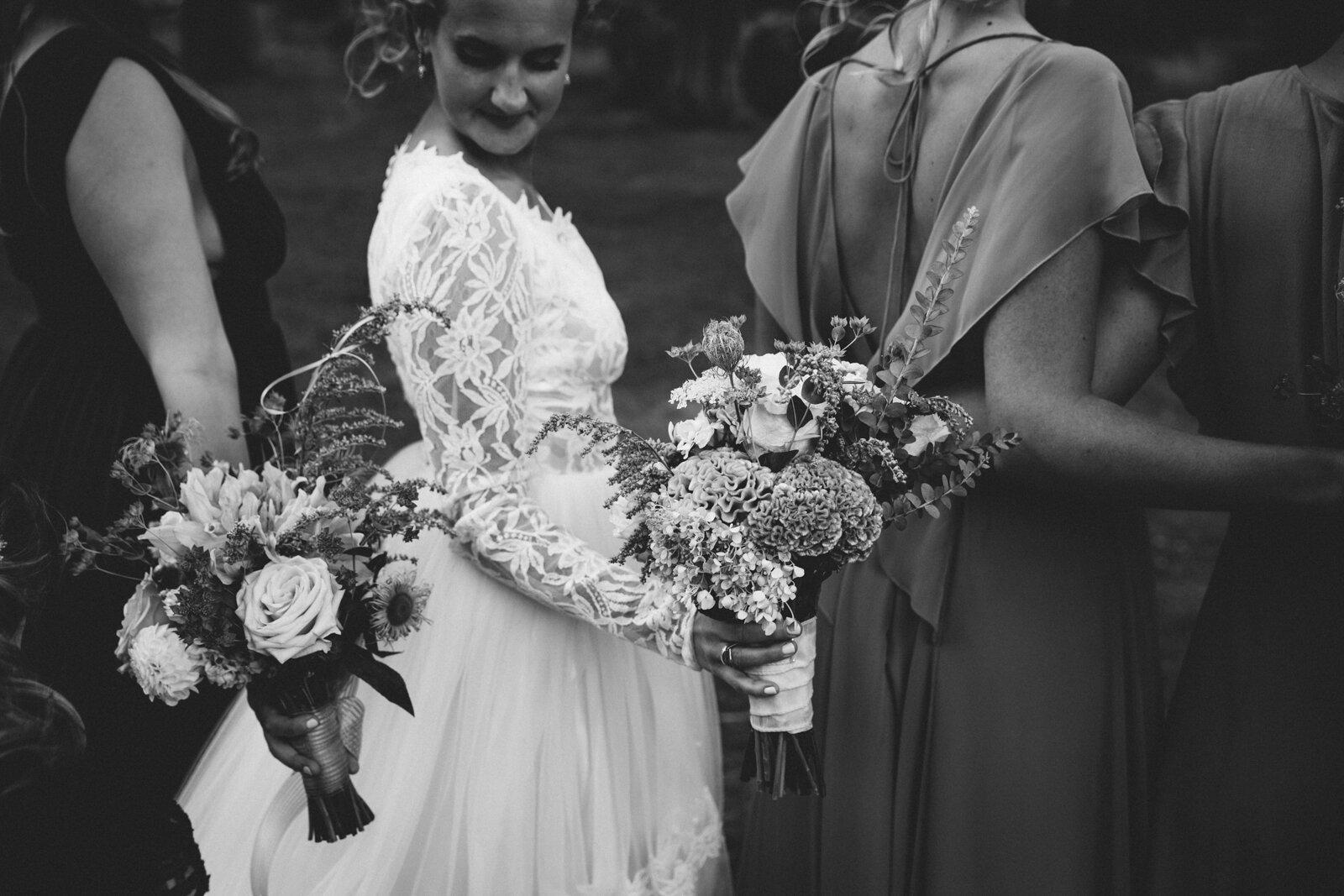 rvacreativeweddingphotography-74.jpg