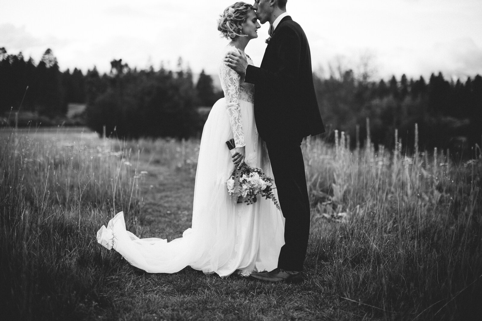 rvacreativeweddingphotography-136.jpg