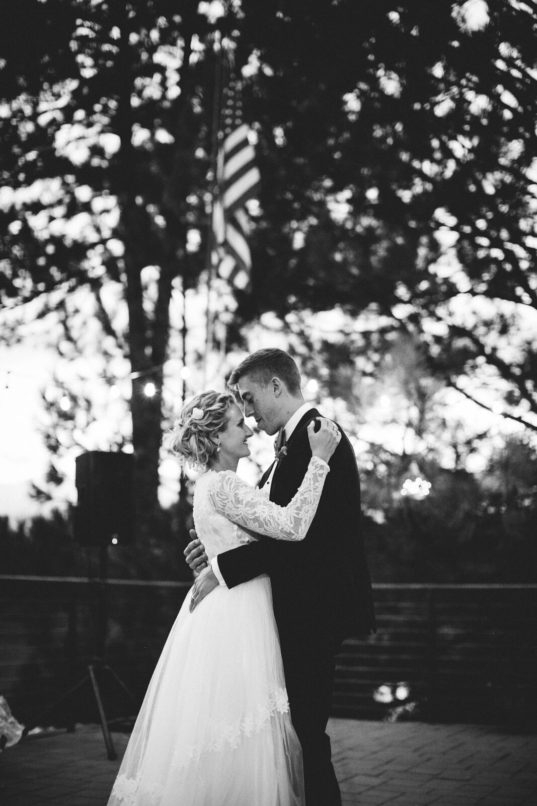 rvacreativeweddingphotography-199.jpg