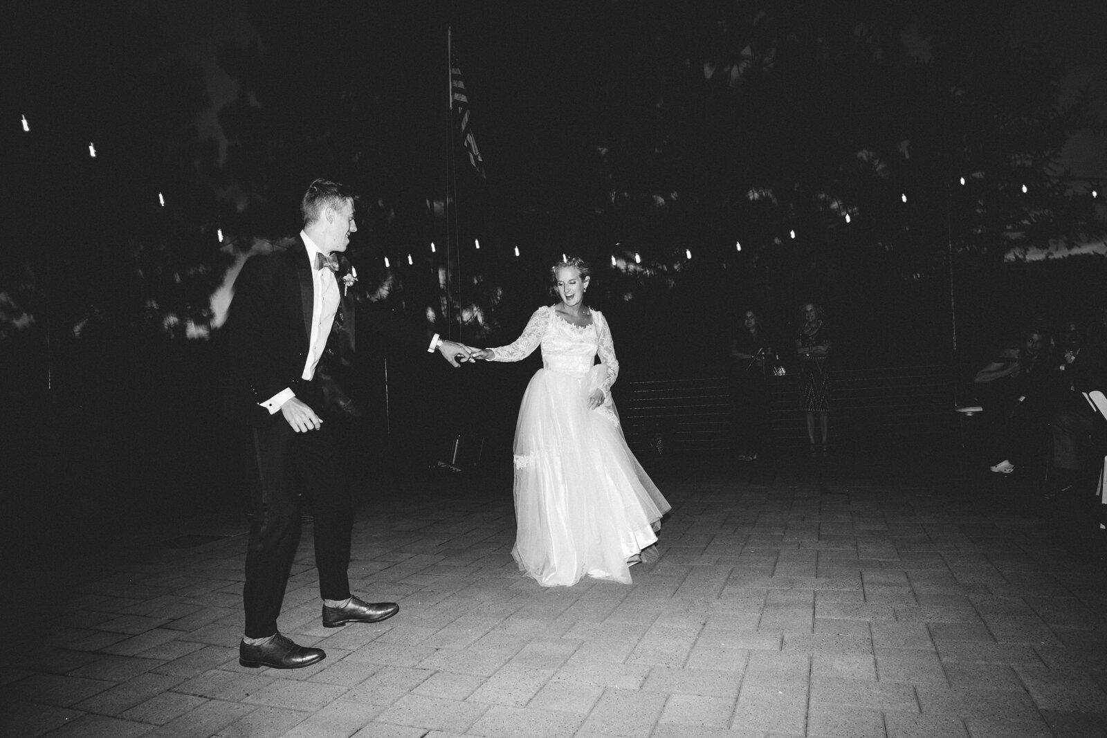 rvacreativeweddingphotography-205.jpg