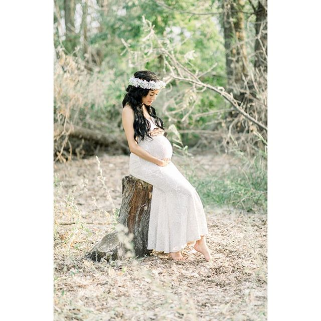 I got the amazing opportunity to take pics of this gorgeous momma last week. So excited to meet her baby girl!
