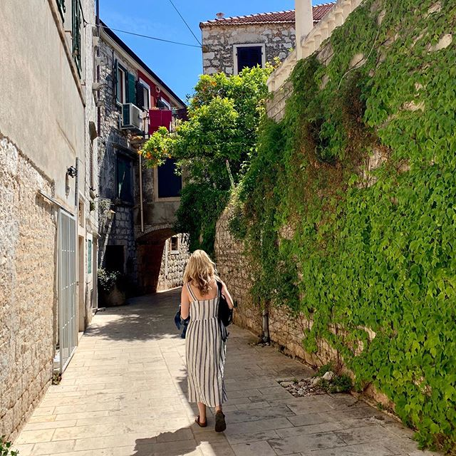 One of my favorite parts of travel is purposefully getting lost in the city. Take a turn and see where it leads you. Sometimes to unexpected, amazing little alleys. If you haven't been to Stari Grad, Croatia ... it's a must!