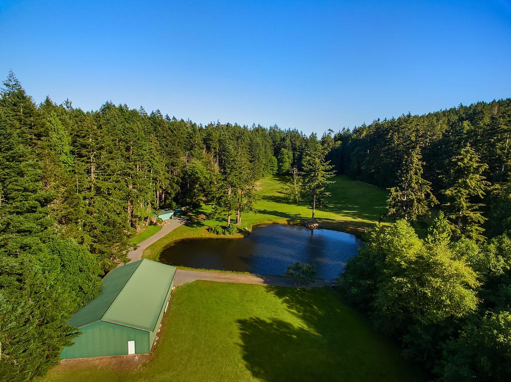 23 Aerial (golf).jpg