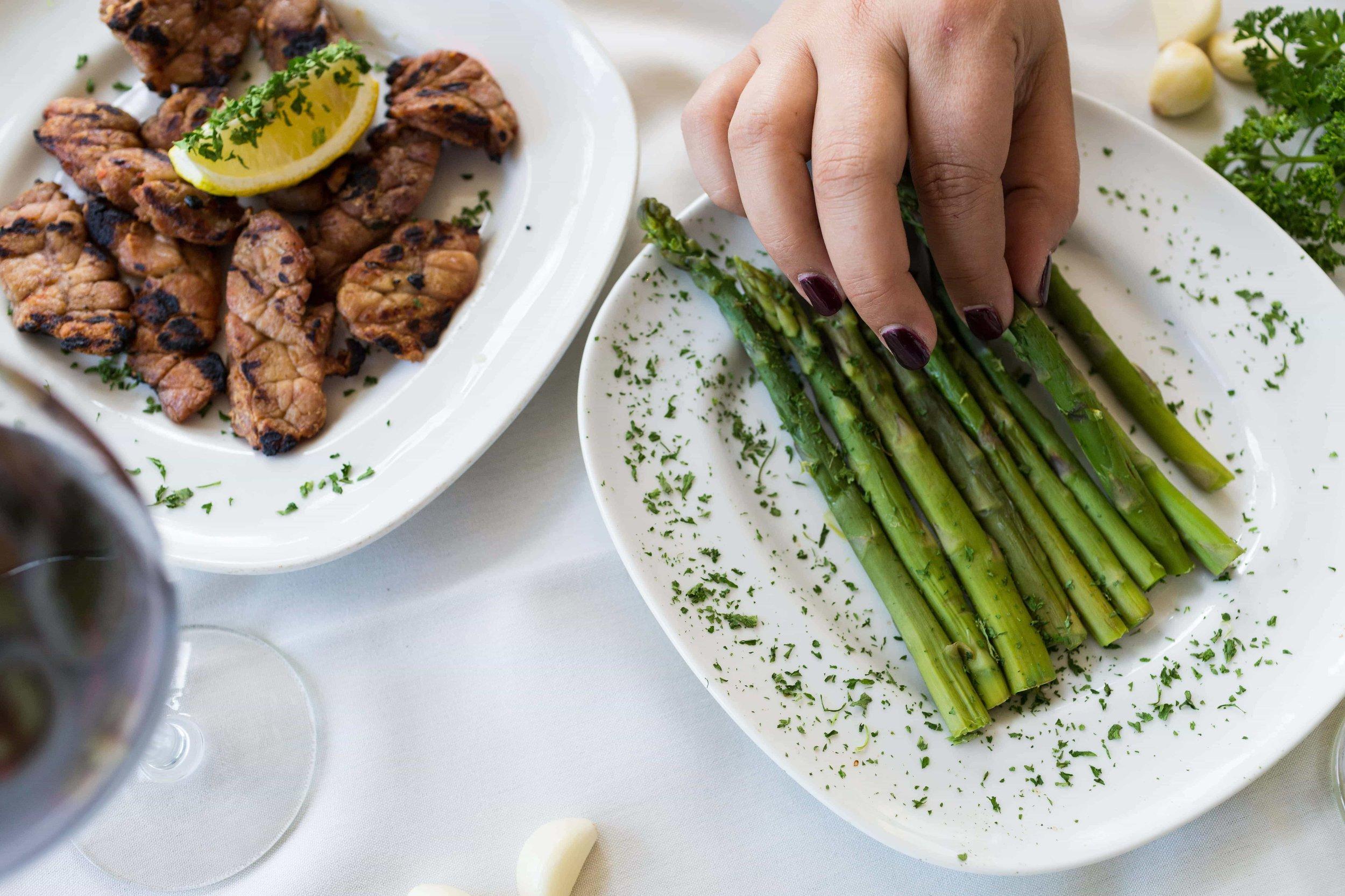puerto-la-boca-grilled-asparagus.jpg