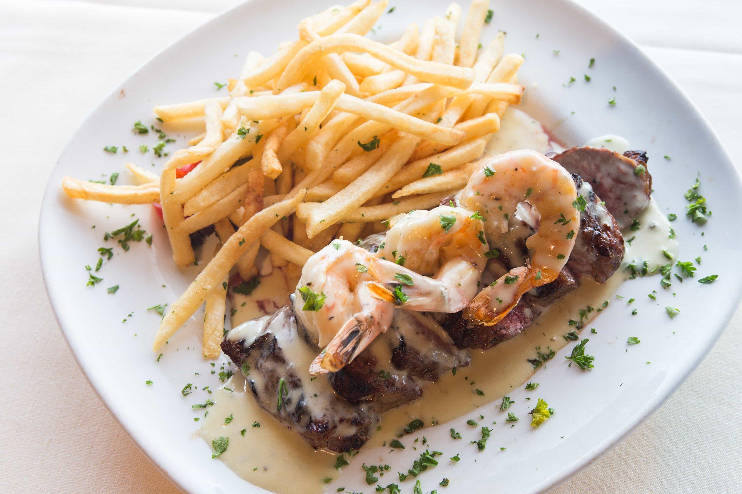 puerto-la-boca-shrimp-and-steak.jpg