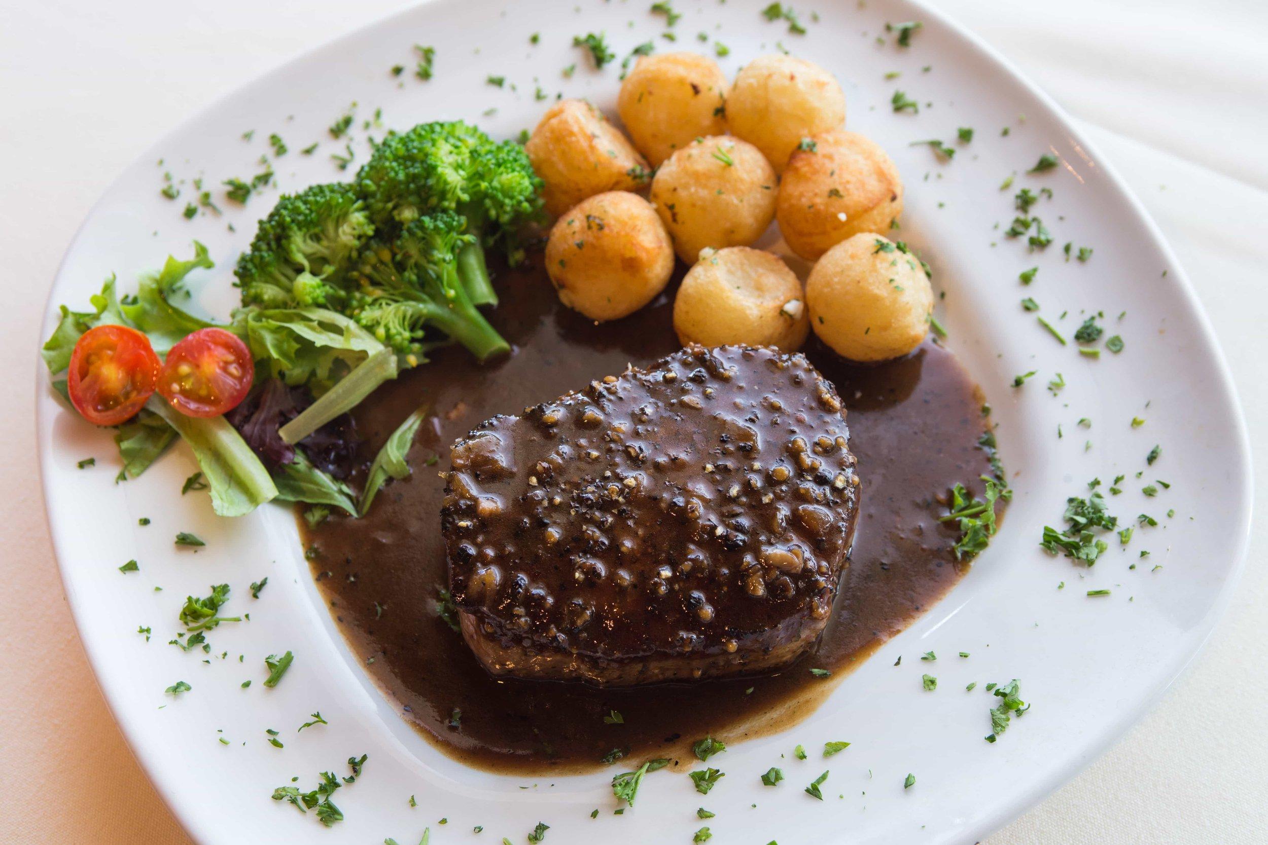 puerto-la-boca-black-pepper-steak.jpg