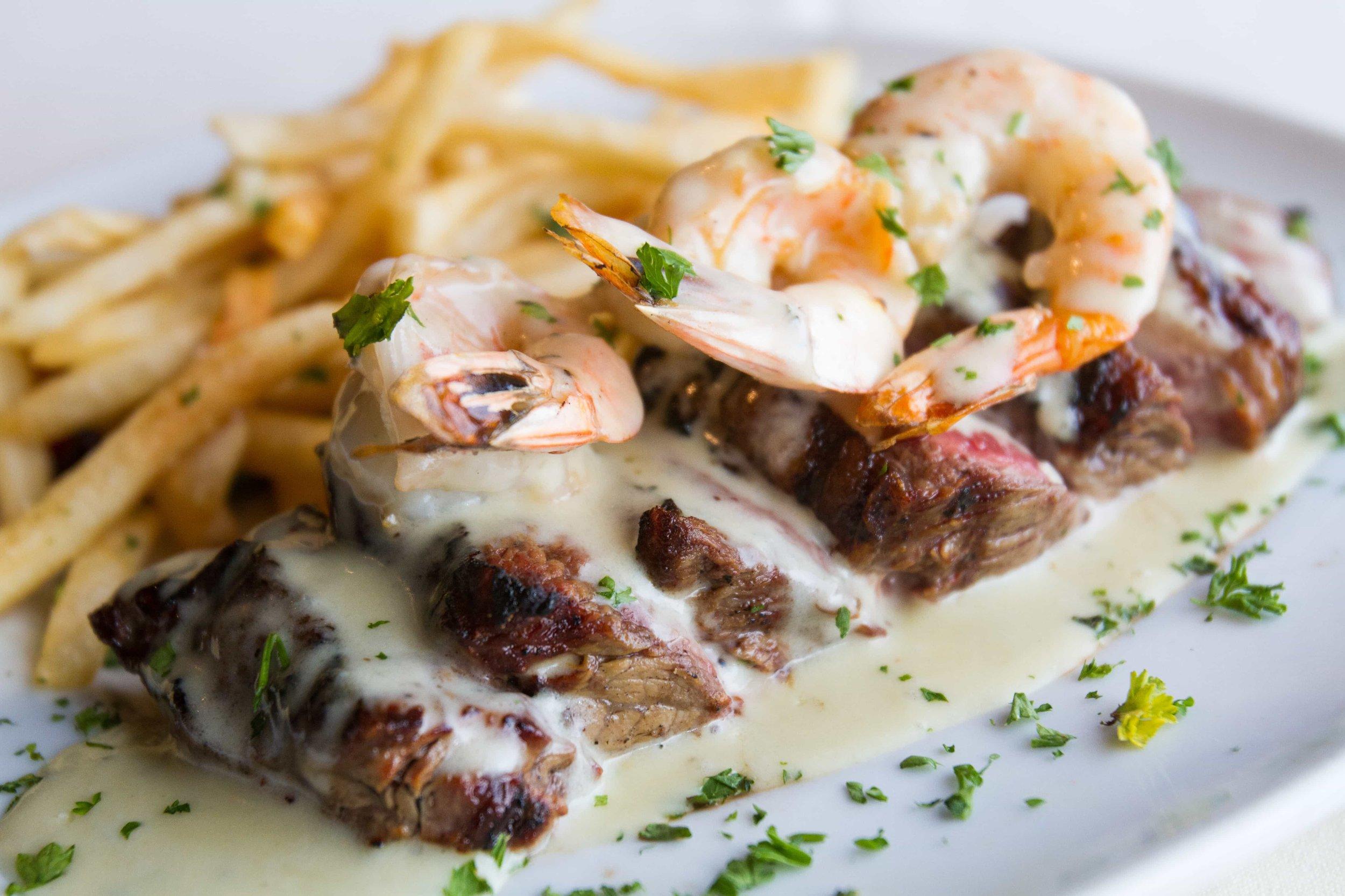 puerto-la-boca-shrimp-with-steak.jpg