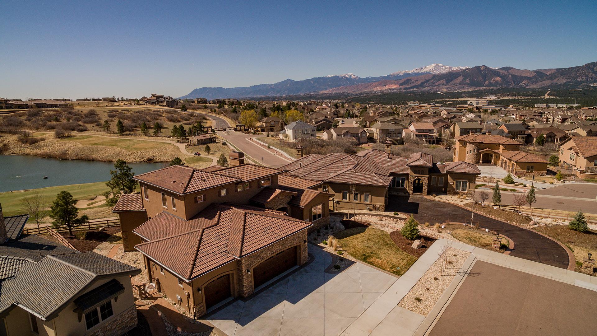 Beautiful Tuscan Retreat in Flying Horse Colorado Springs