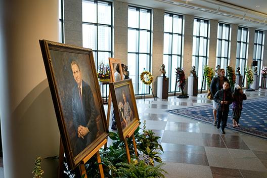 President monson LDS Mormon 4.jpg