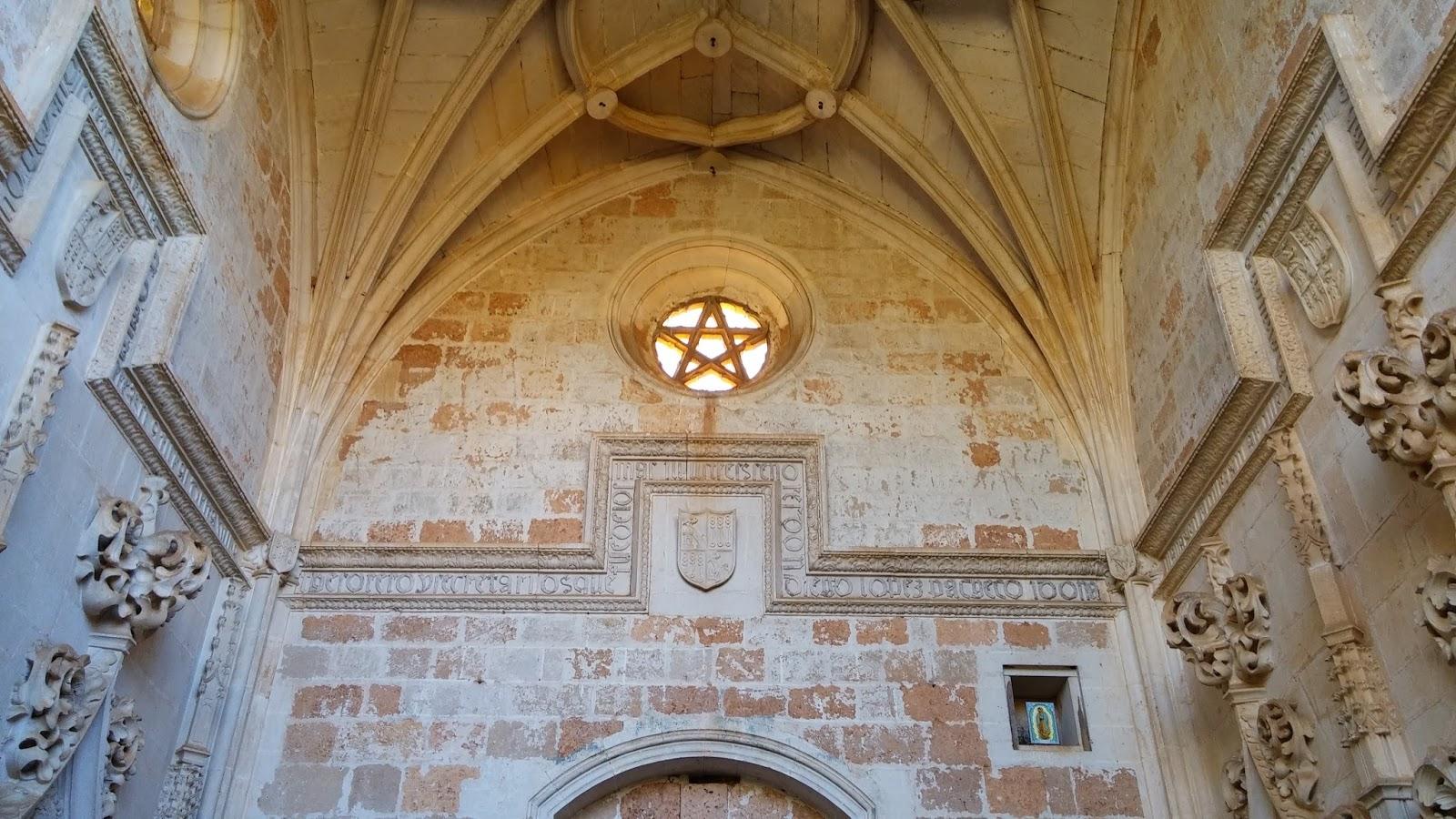 Nauvoo temple star windows.jpg