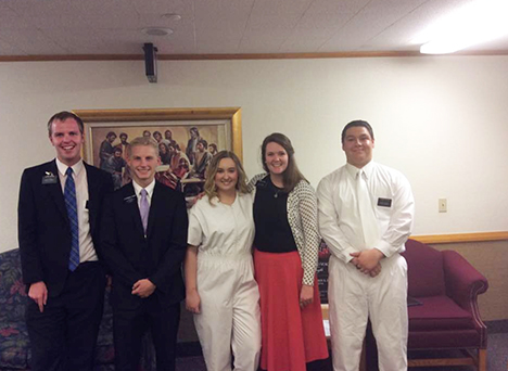 Mormon Missionaries Expand Online Teaching