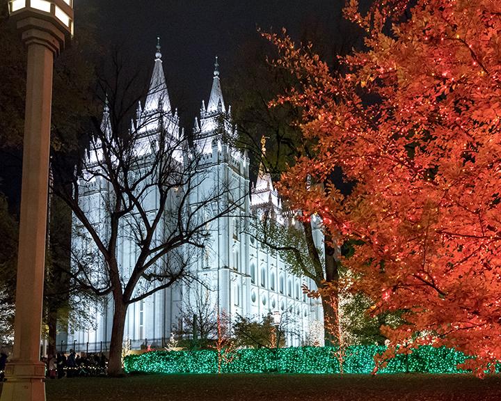 a salt lake temple square christmas lights.jpg
