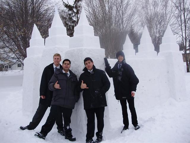 LDS Missionaries in the snow Latter-day Saint23.jpg
