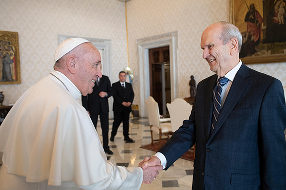 Pope-Francis-Pres.-Nelson1.jpg