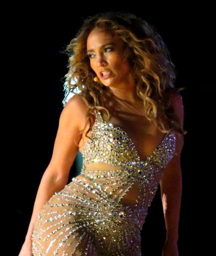 By Ana Carolina Kley Vita from São Paulo, Brasil - Jennifer Lopez, CC BY 2.0, https://commons.wikimedia.org/w/index.php?curid=20255991